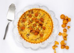 Chanterelle and Fontina Tart